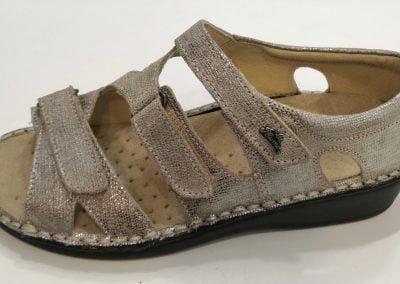 Sandale cuir métal doré réglable La Plume